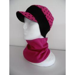 Čepice s kšiltem a širokým nápletem